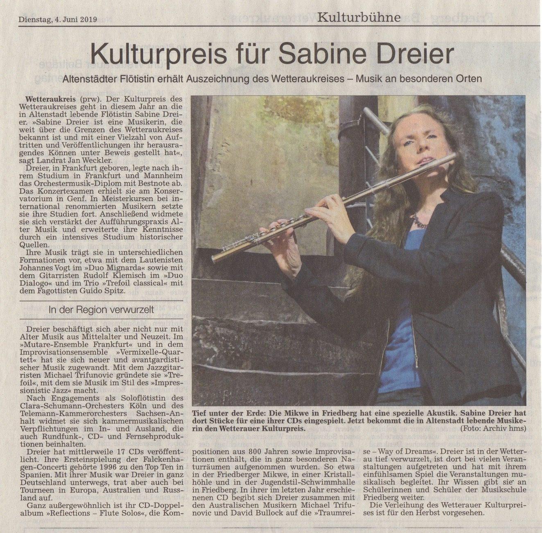 SABINE DREIER • Flötistin | Historische und moderne Flöten